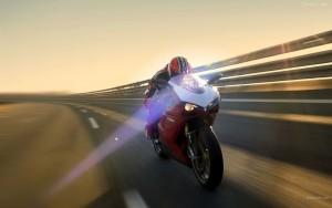 moto-a-velocidad-2344
